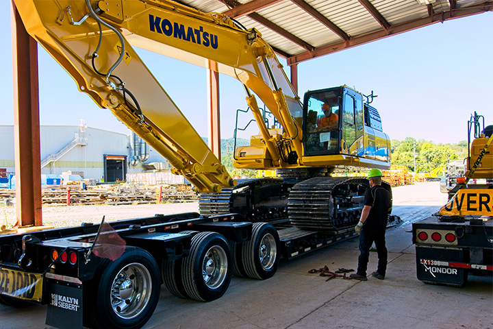 Heavy Equipment Towing Done Right | Doug Yates Towing